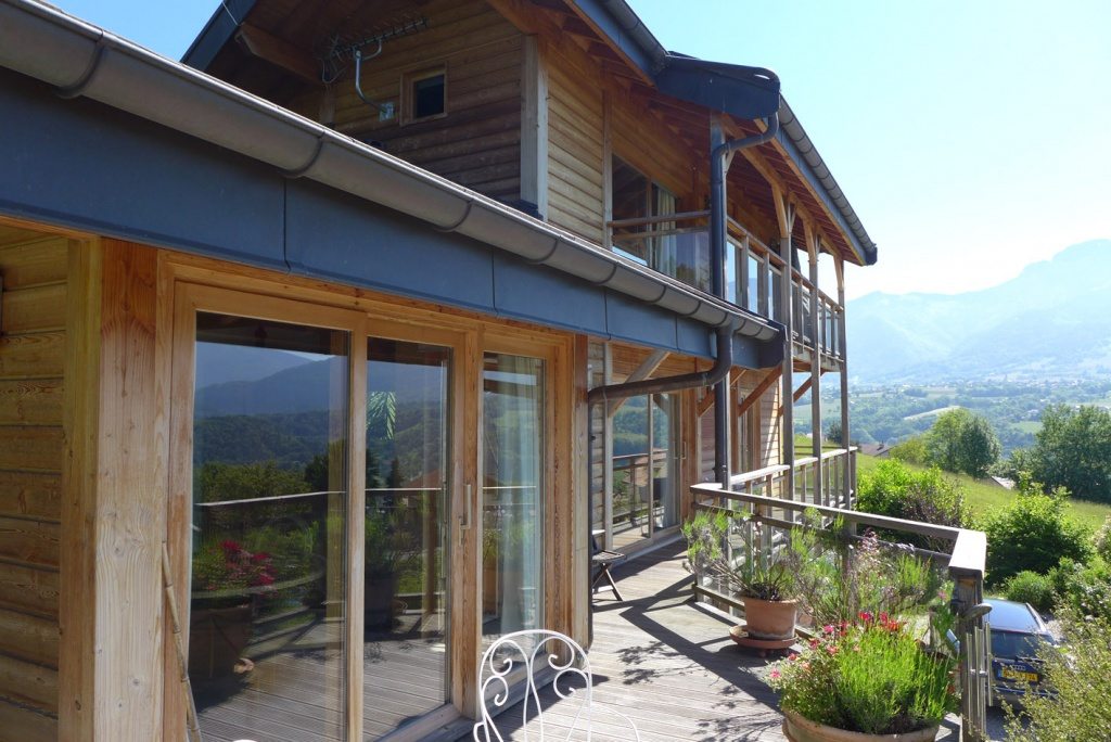 Villa with stunning views over annecy lake and mountains for Garage auto annecy