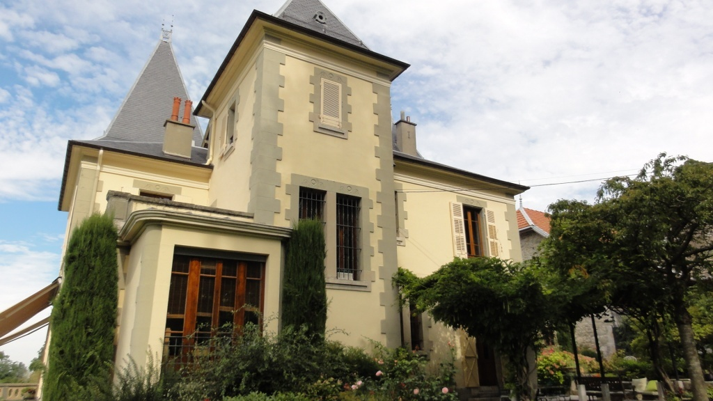 Nice Manor For Sale Near Chamb 233 Ry Terres Amp Demeures De France