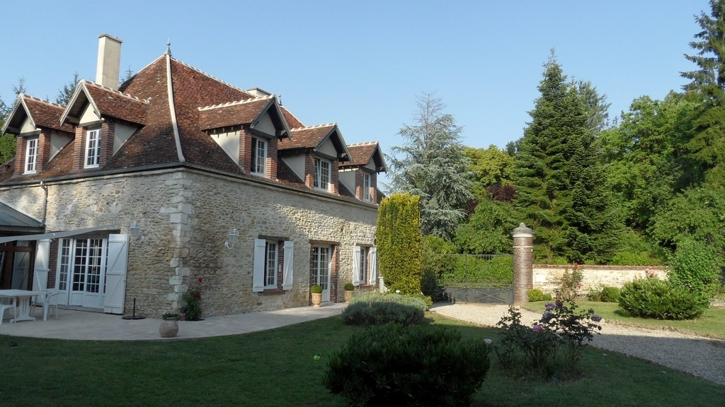 Beautiful house for sale in yonne in burgundy 1 h 50 for Homes for sale under 50 000 near me