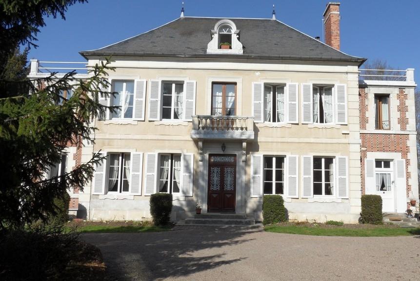 Maison de ma tre a vendre en bourgogne maison de ma tre vendre dans la ni vre dans une - Maison ancienne bourgeoise paris vi ...