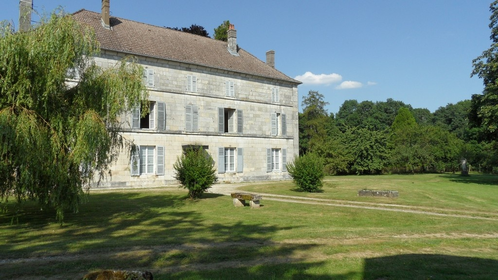 maison close Marne